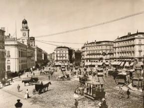 Puerta del Sol - 1900