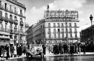 Puerta del Sol 29 marzo 1939 (Al dia suiguiente de la entrada en Madrid de los nacionales.
