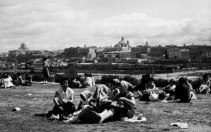 La pradera de San Isidro en 1950.