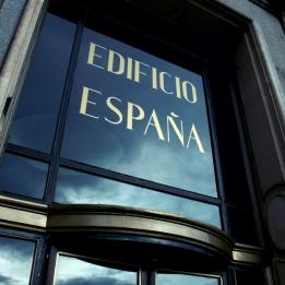 Entrada principal del Edificio España