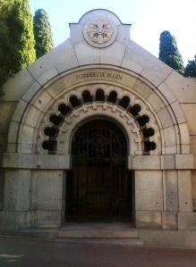 Panteón Fernández de Villota