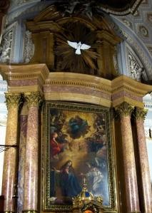 Altar mayor del Real Monasterio de la Encarnación con la Anunciación de Vicente Carducho