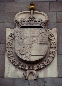 Escudo de Felipe III en la fachada del Real Monasterio de la Encarnación