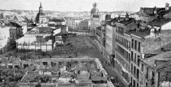 Obras construcción de la Gran Vía  en la zona donde se encontraba el Palacio Masserano17