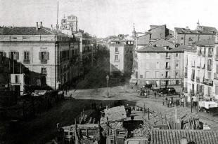 Obras de Remodelación de la Puerta del Sol hacia 1850.